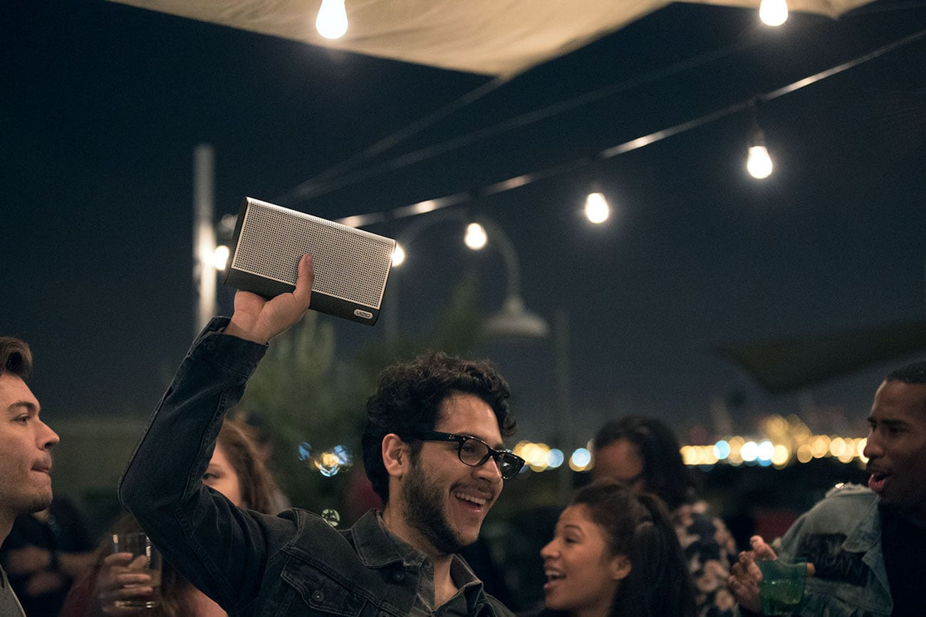 VIZIO SmartCast Crave Go Multi-Room Speaker