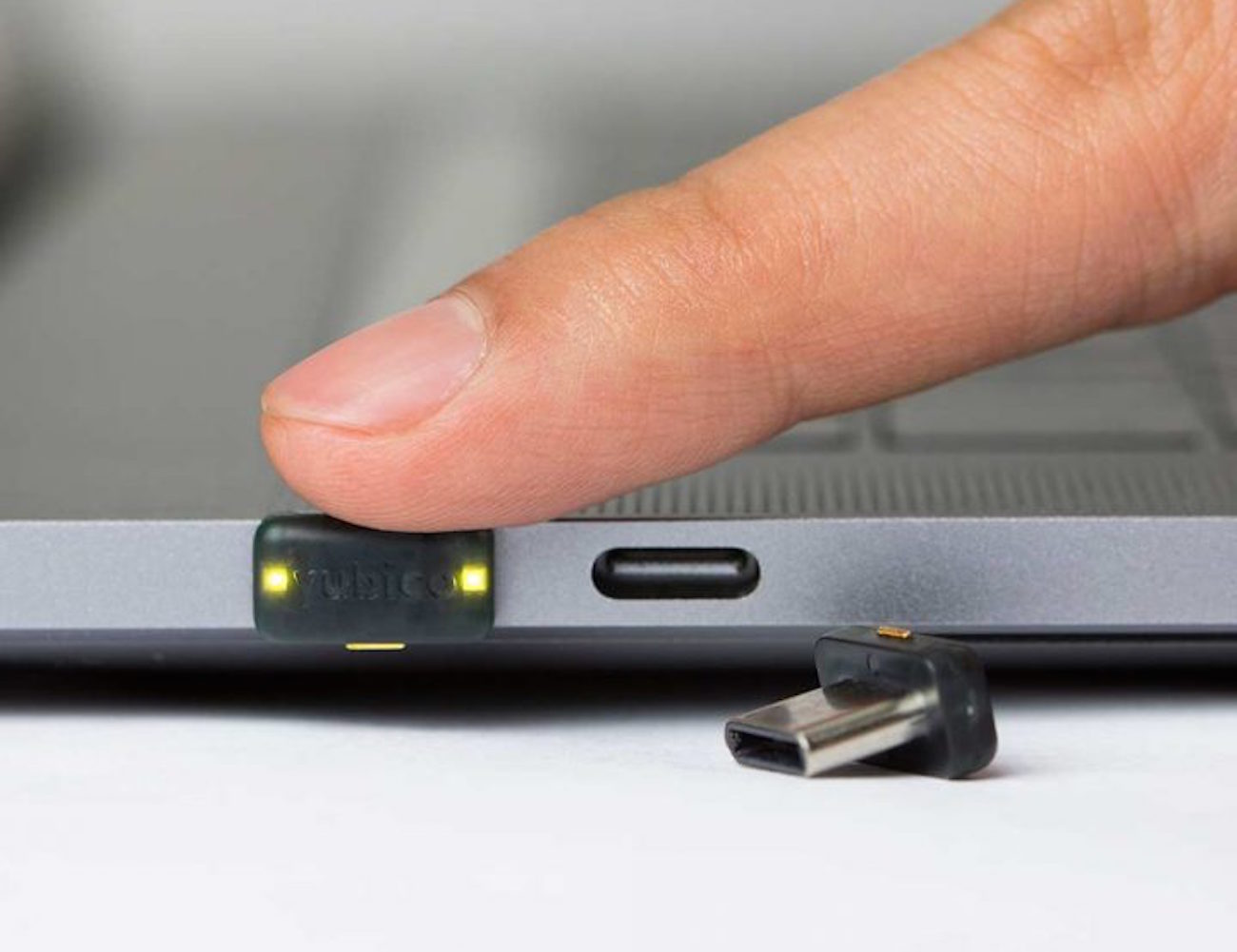 YubiKey 4C Nano USB-C Authentication Key