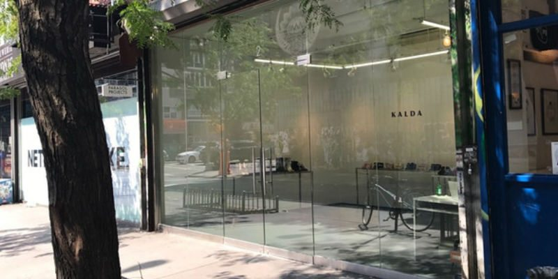 Crowdfunding-Themed Retail Store NYC Bitemyapple