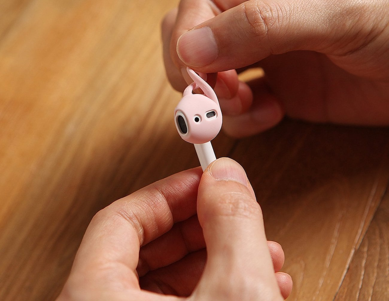 elago EarHooks AirPods Silicone Ear Tips