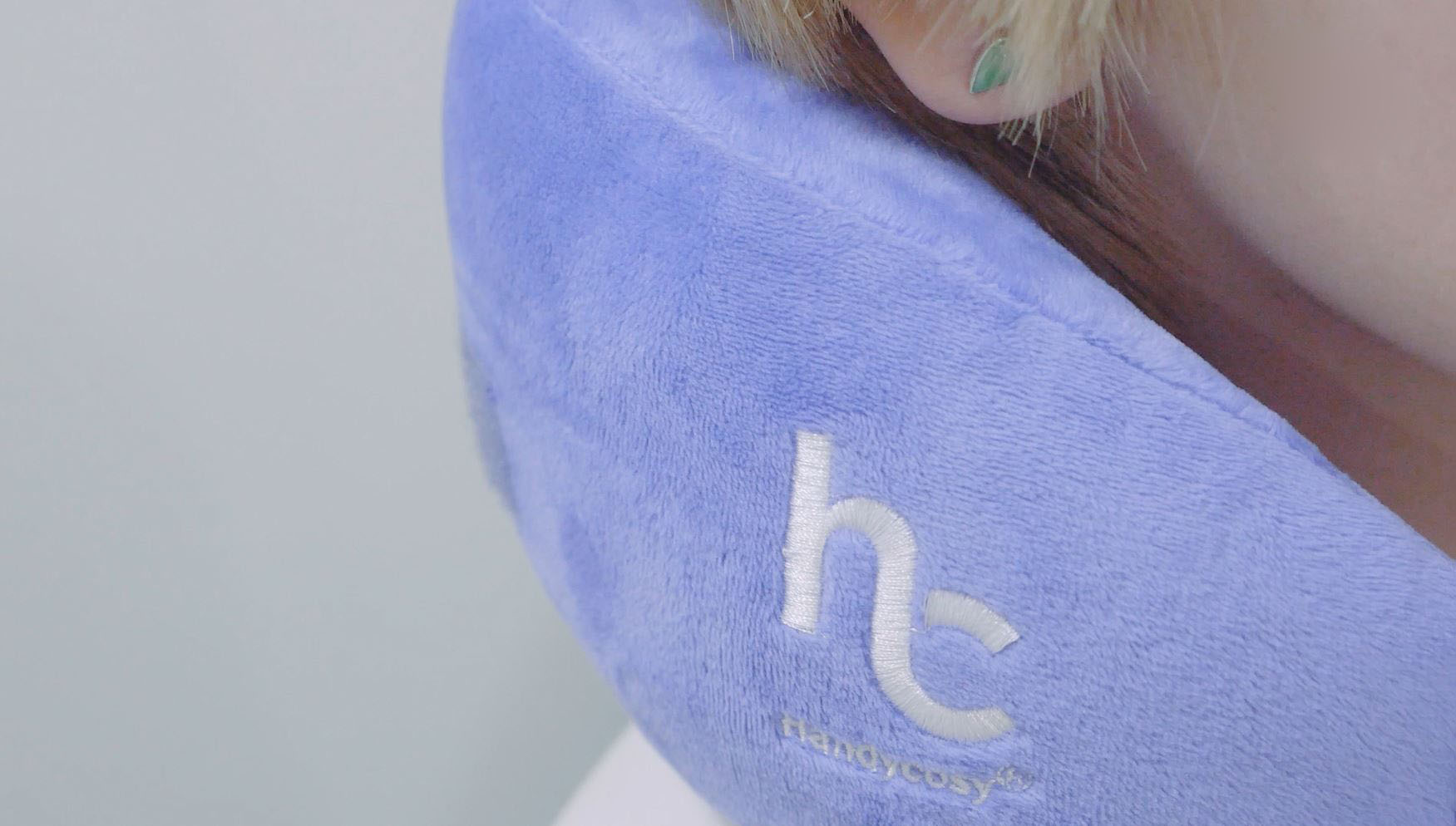 HANDYCOSY Compact Travel Pillow