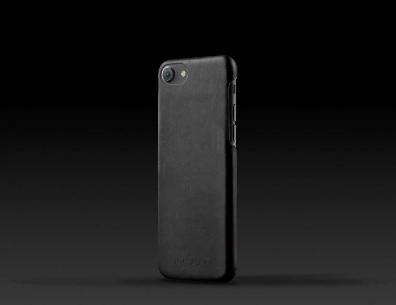 black iphone 8 leather case