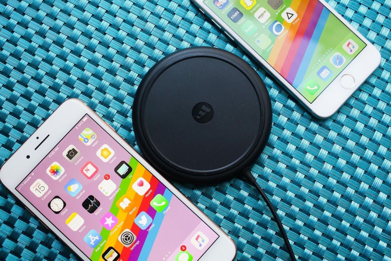 mophie wireless smartphone charging base