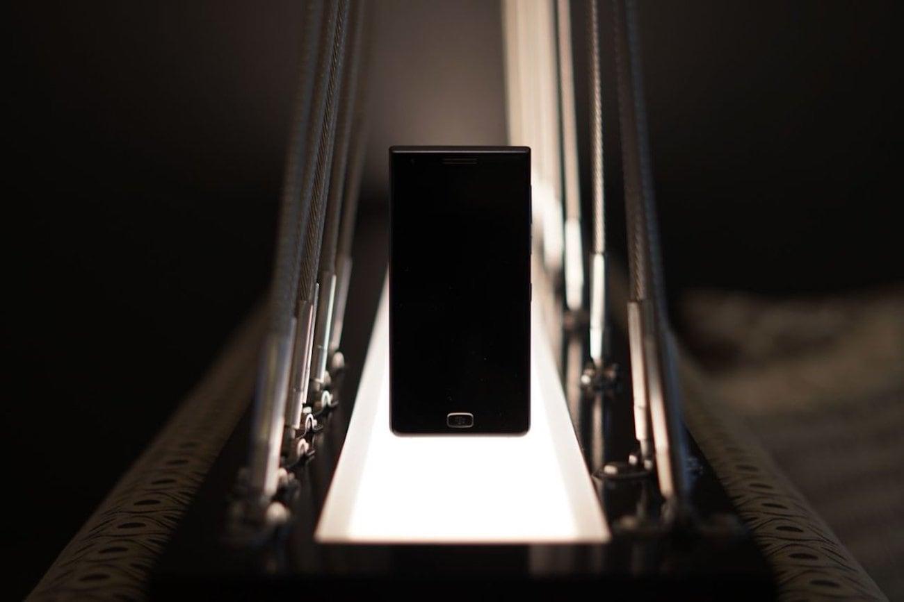 BlackBerry Motion Keyboard-Free Smartphone