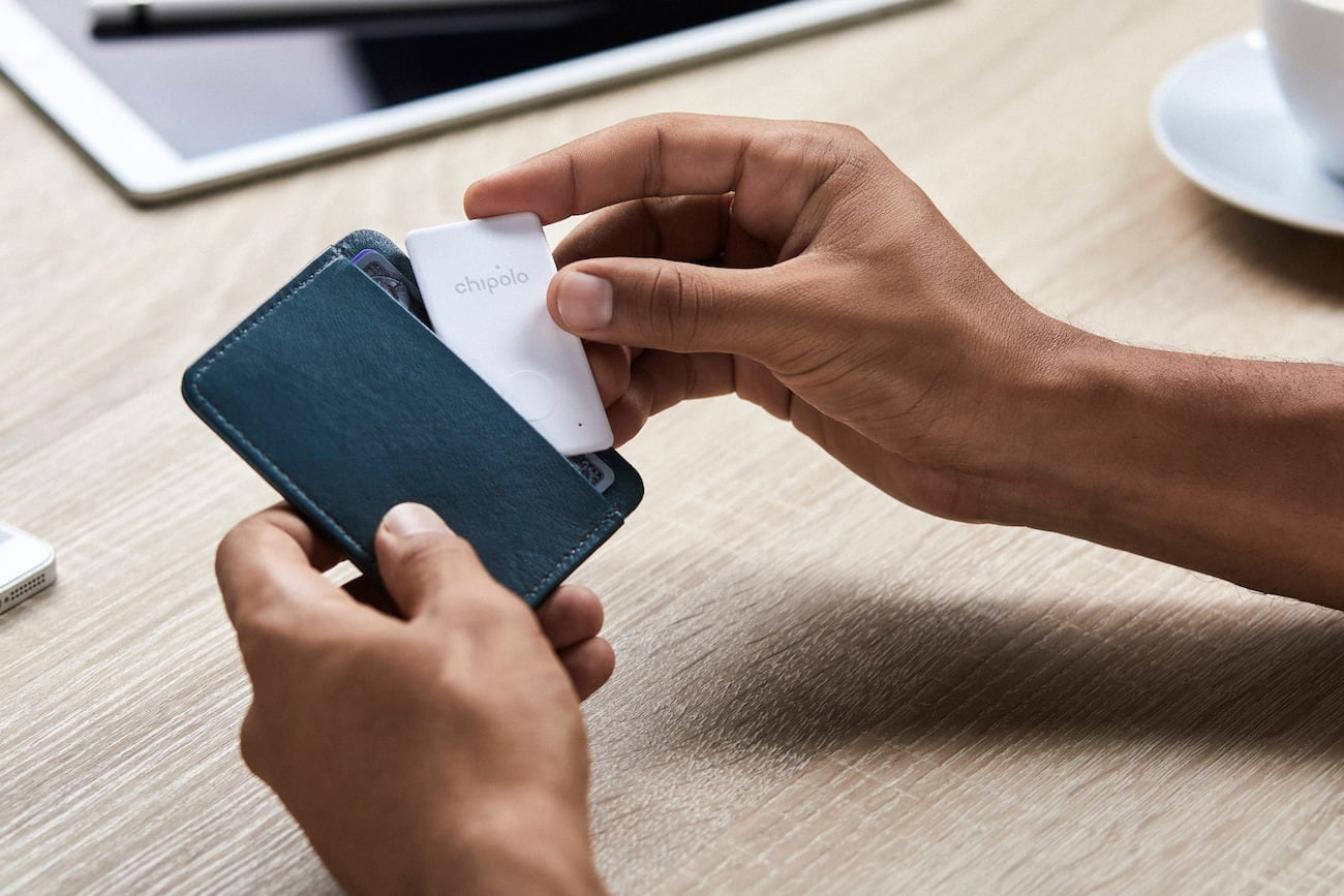 Chipolo Card Thin Wallet Tracker looks like a credit card