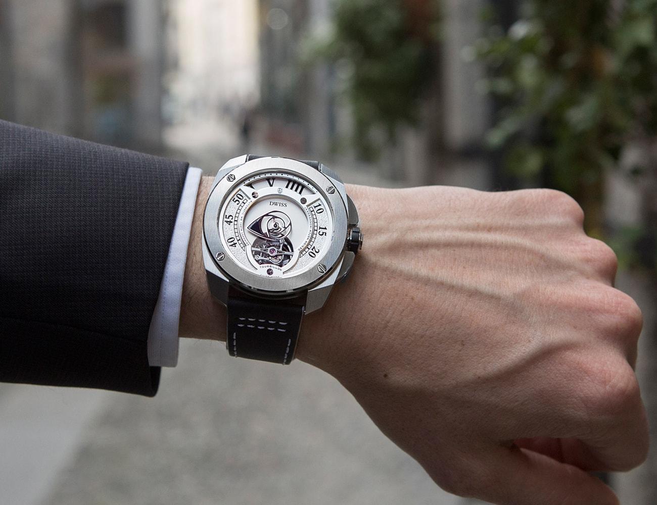 DWISS R1 Swiss Made Watch Collection