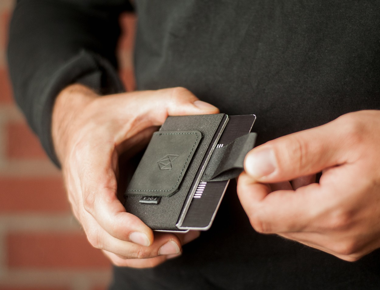 FOCX Compact Everyday Smart Wallet