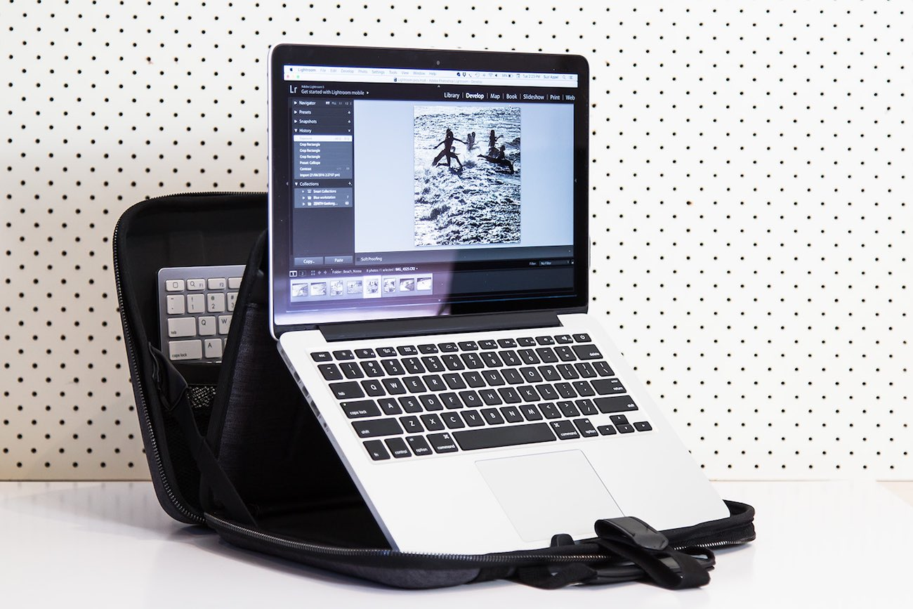 MOBICASE Lightweight Laptop Stand Bag