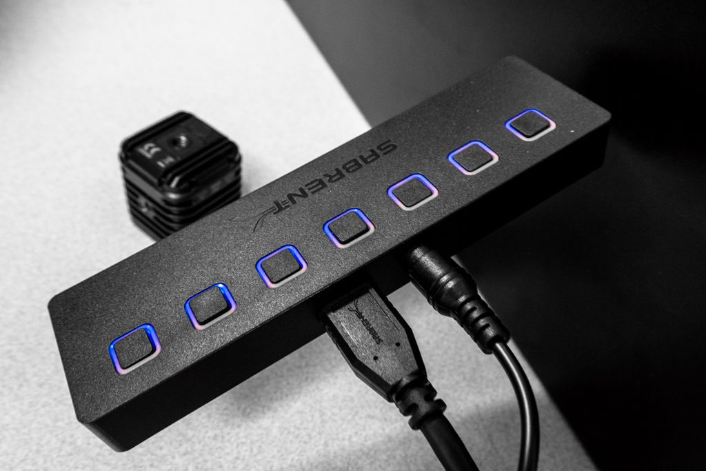 Sabrent 7 USB Port Hub Gives You Total Control Over Your Devices