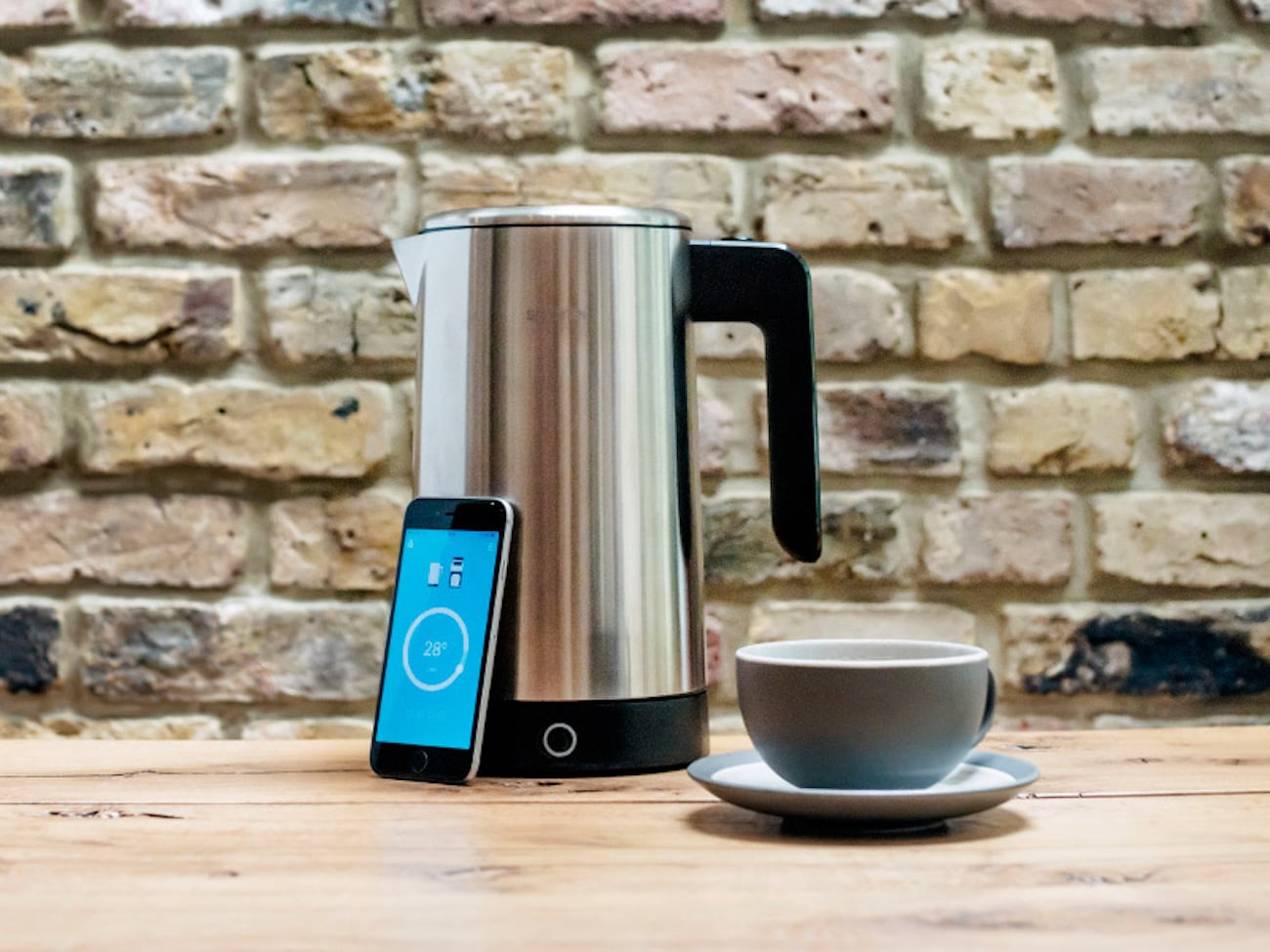 The Kettle That Waits for You to Wake Up to Start Boiling