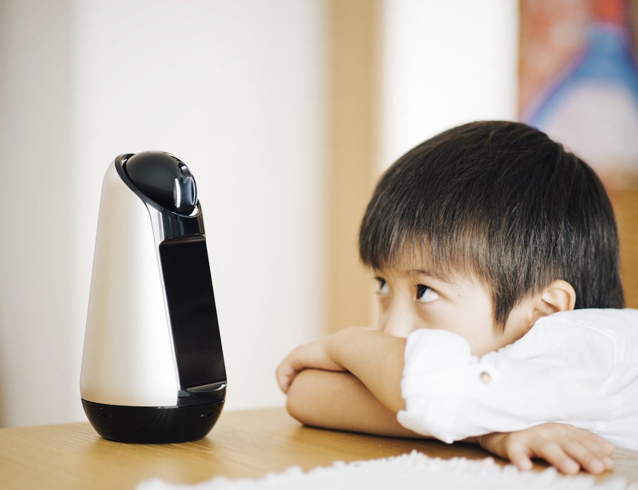Sony Xperia Hello Robot Speaker