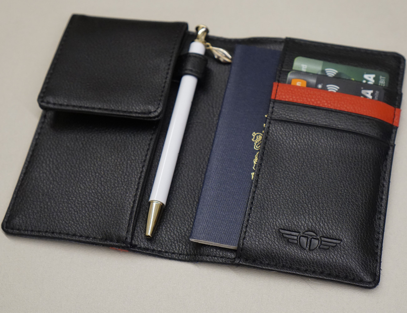 Talonport 8-Feature Passport Wallet