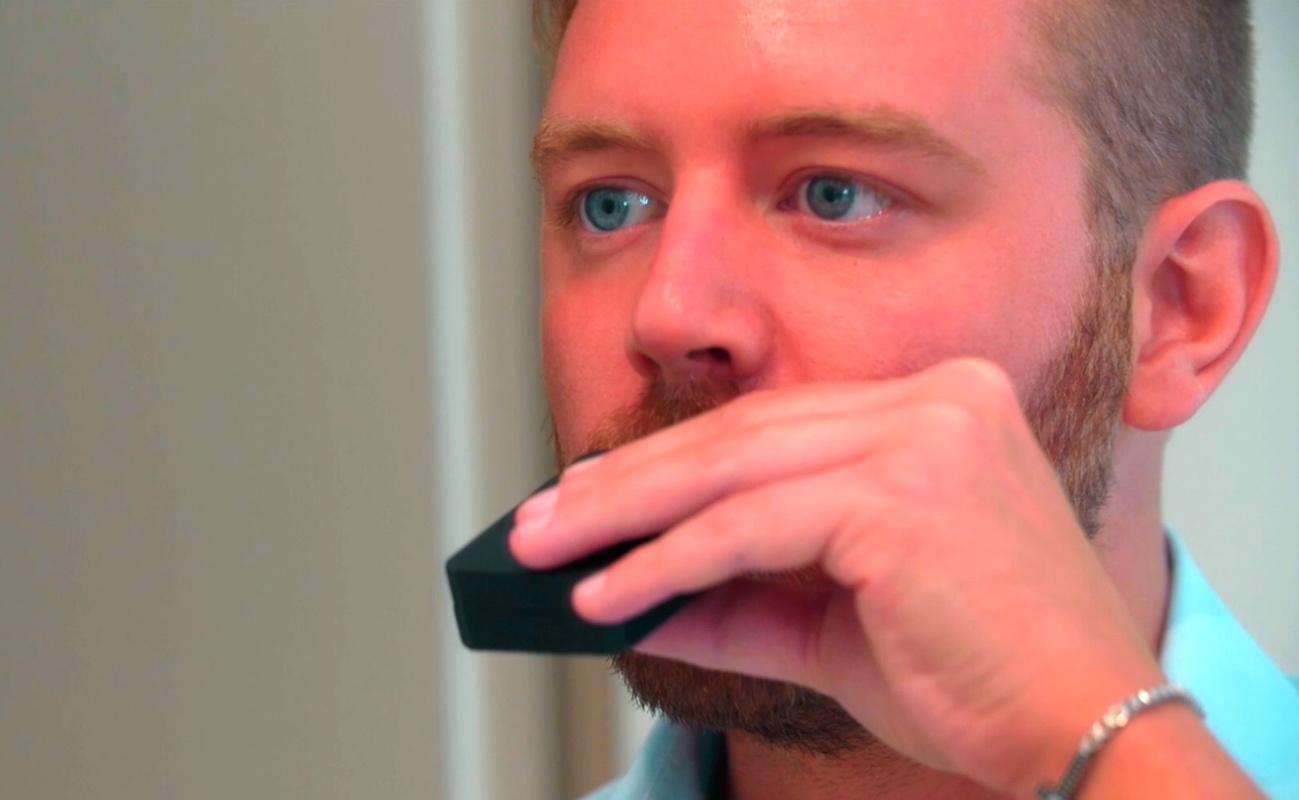 Unico Smartbrush Oral Hygiene Device
