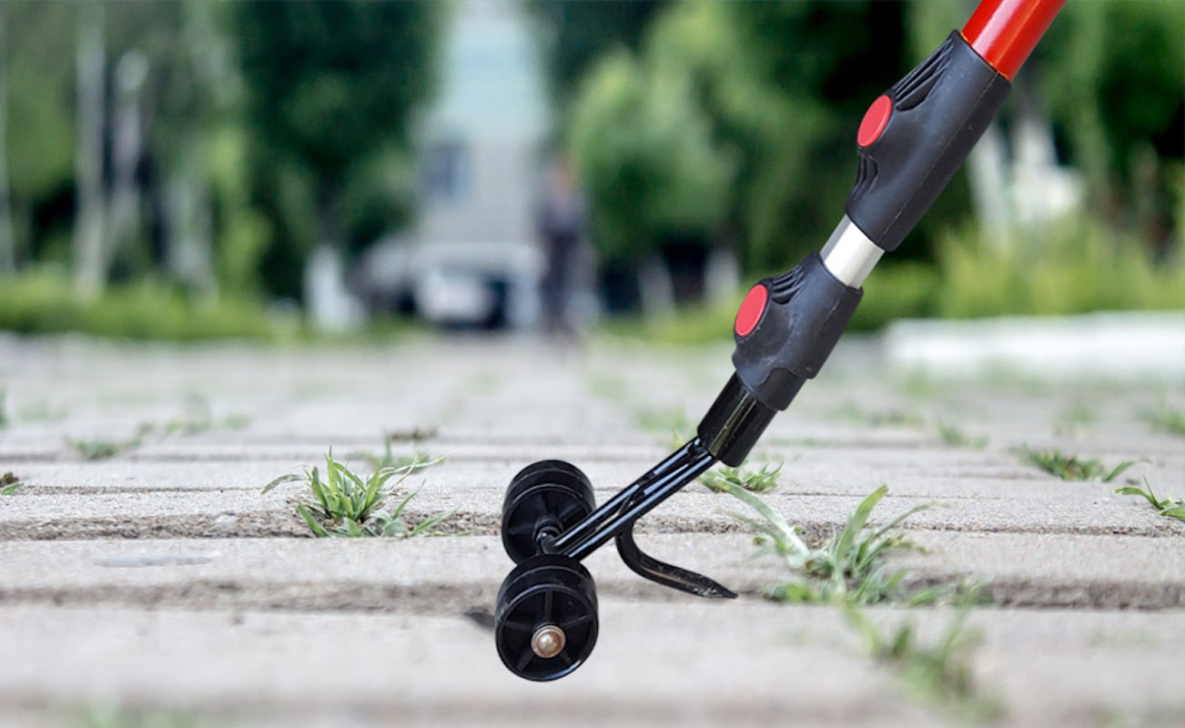 1 Crevices and Cracks Weeding Gardening Cleaning Tools Crevice Weeding Tools Wheel Type Weeding Tools are Suitable for Weeding On The Garden Sidewalk Deck to Keep The House Tidy