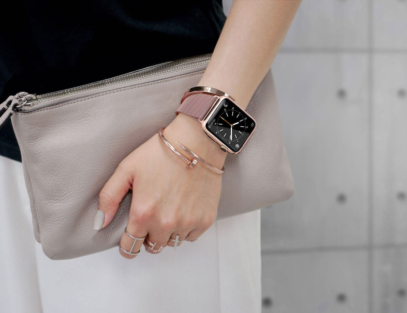 Casetify Steel Mesh Apple Watch Band