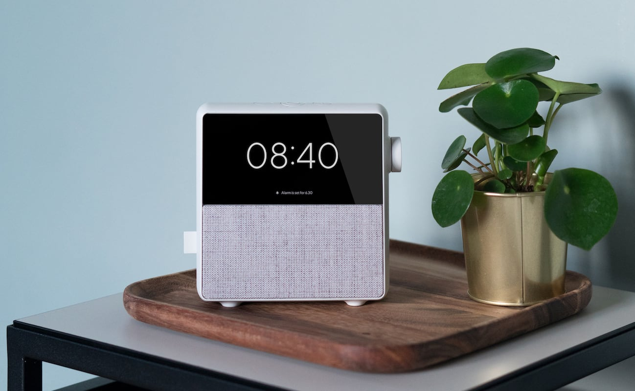 Circa Standalone Smart Alarm Clock