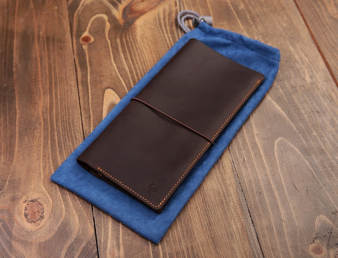 Genuines Leather Passport Holder Wallet