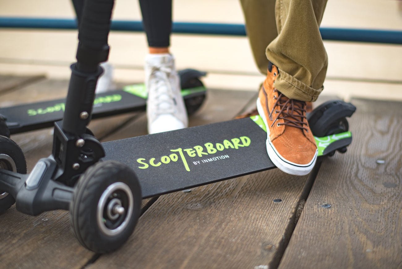 Inmotion Scooterboard Electric Rideable 187 Gadget Flow