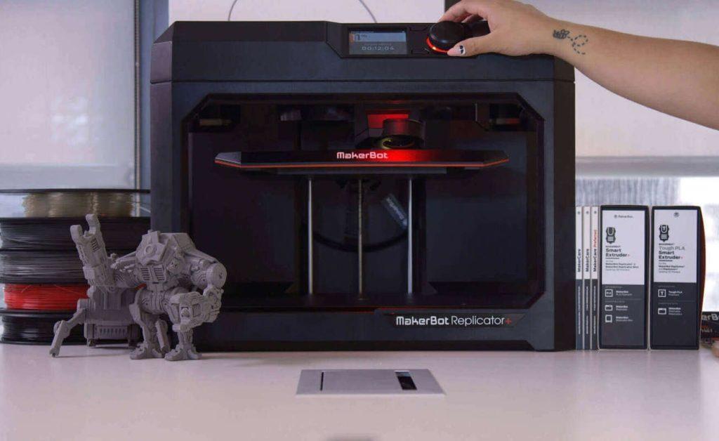 MakerBot+Replicator%2B+Fast+Desktop+3D+Printer