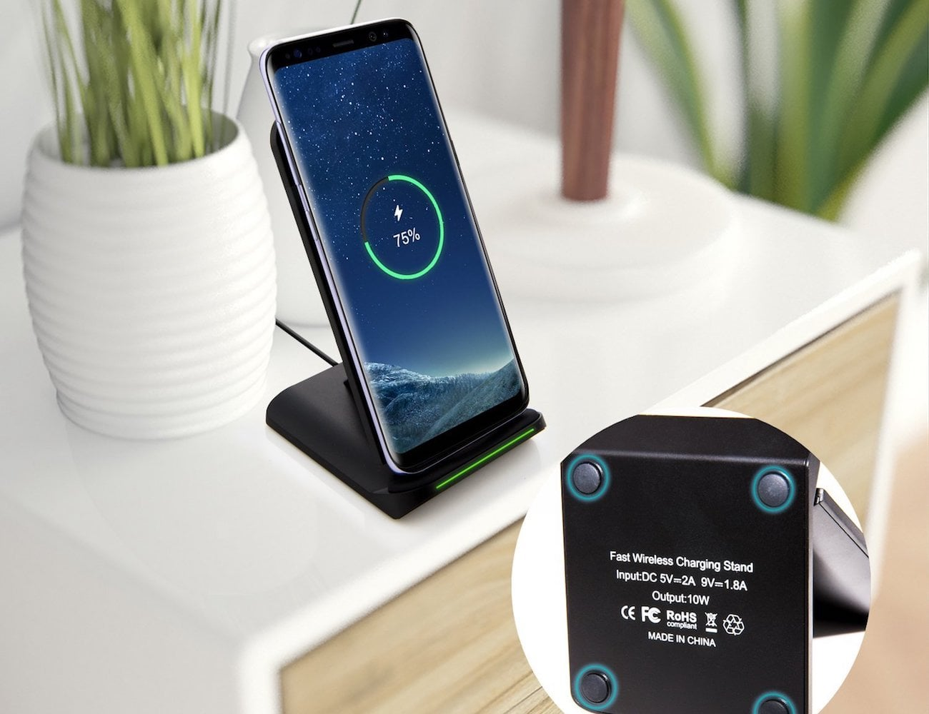 Otium Wireless Fast Charging Stand