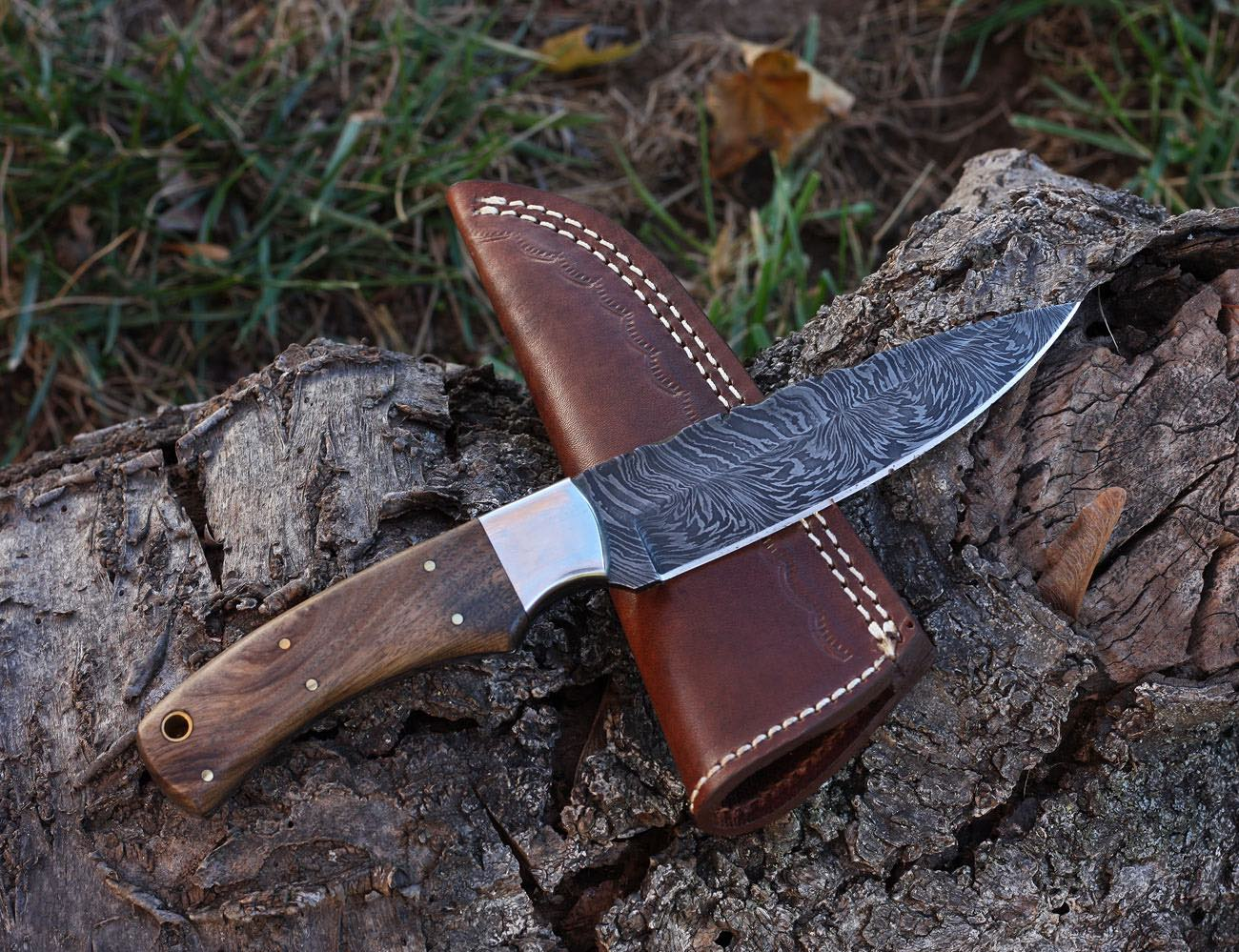 PRISCILLA Handmade Damascus Steel Hunting Knife