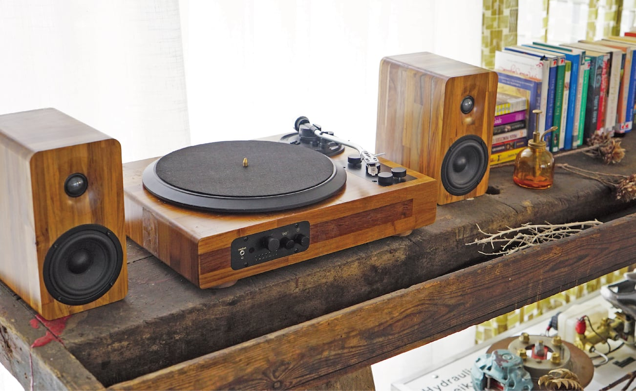 TT8 turntable audio luxury