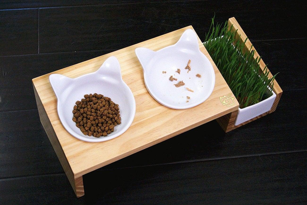 ViviPet Wood Cat Dining Table