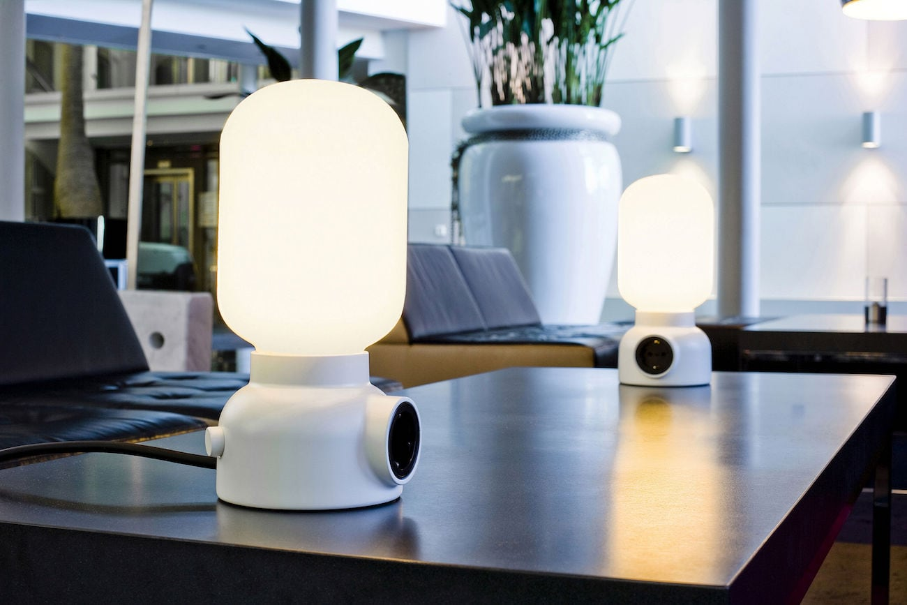 ateljé Lyktan Plug Table Lamp