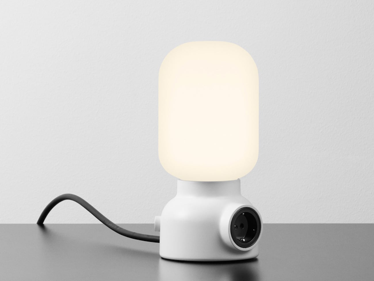 Atelj 233 Lyktan Plug Table Lamp 187 Gadget Flow