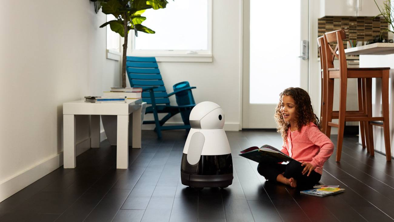 Kuri Is One Entertaining Little Robot