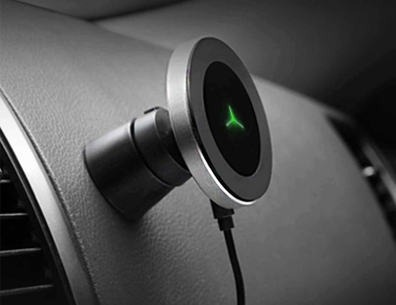360-Degree Car Wireless Charger