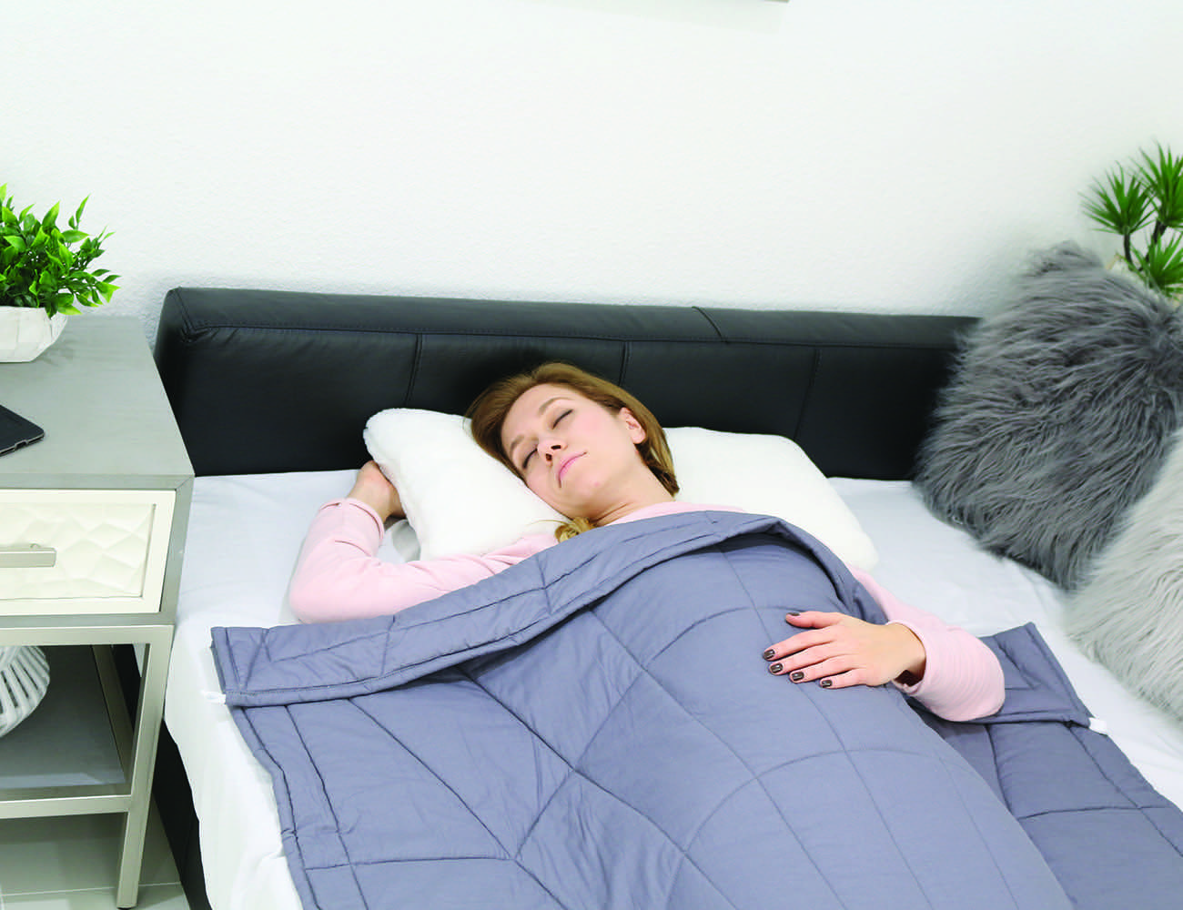Alpha Body Fitted Weighted Blanket