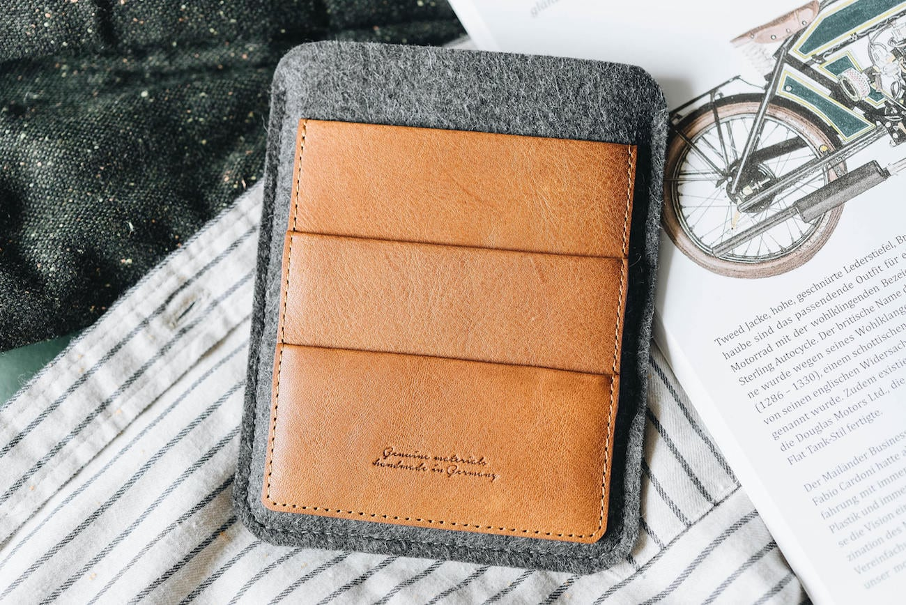 Ball&Roll Porte Leather Passport Travel Wallet