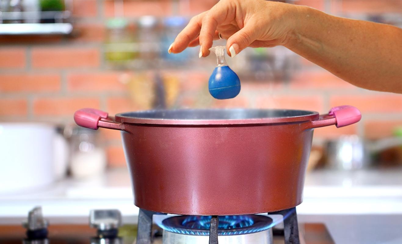 BoilingBeeper Water Boiling Alert Device