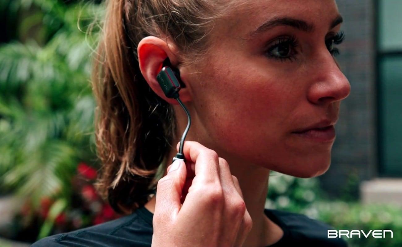 Braven Flye Sport Reflect Earbuds