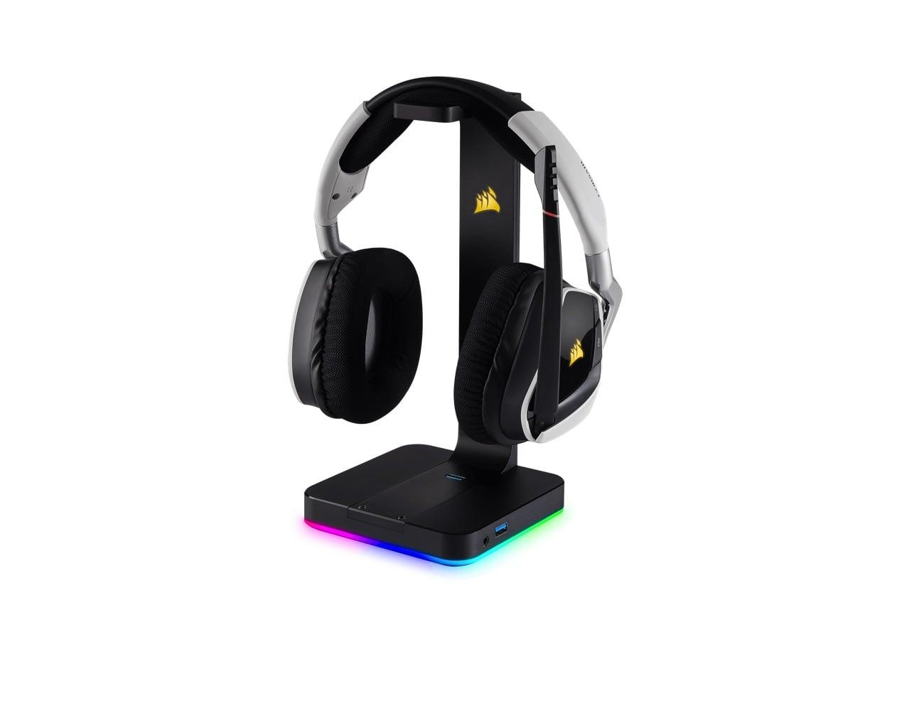 CORSAIR ST100 RGB Premium Gaming Headset Stand
