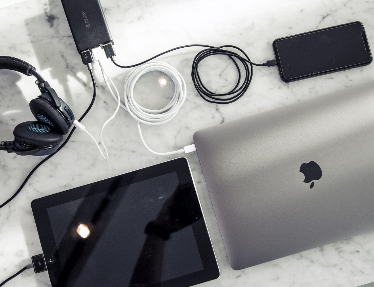 JIBE MacBook Multi-Charger Data Hub