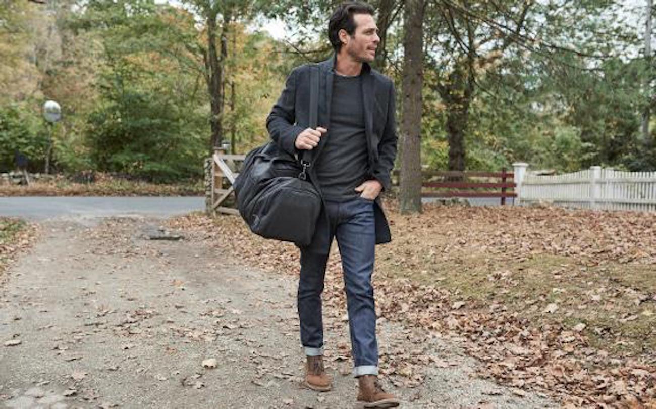 Mack Weldon Ion Charging Weekender Bag