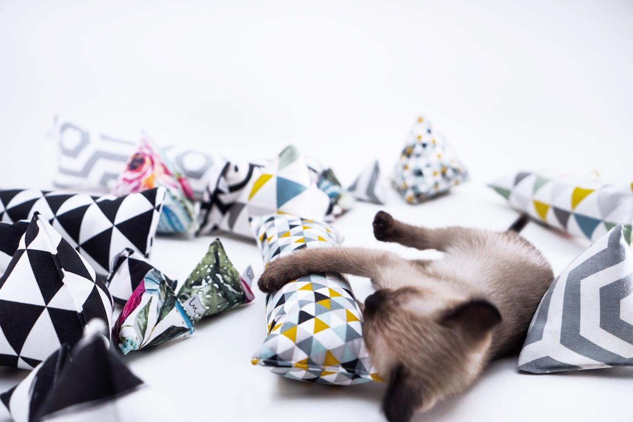 Minoumi Handmade Catnip Cat Toys