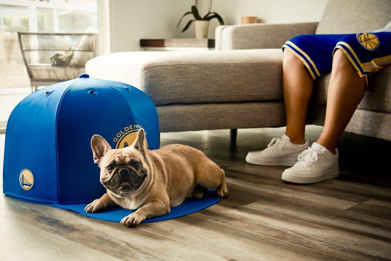 NAP+CAP+Oversized+Hat+Dog+Bed
