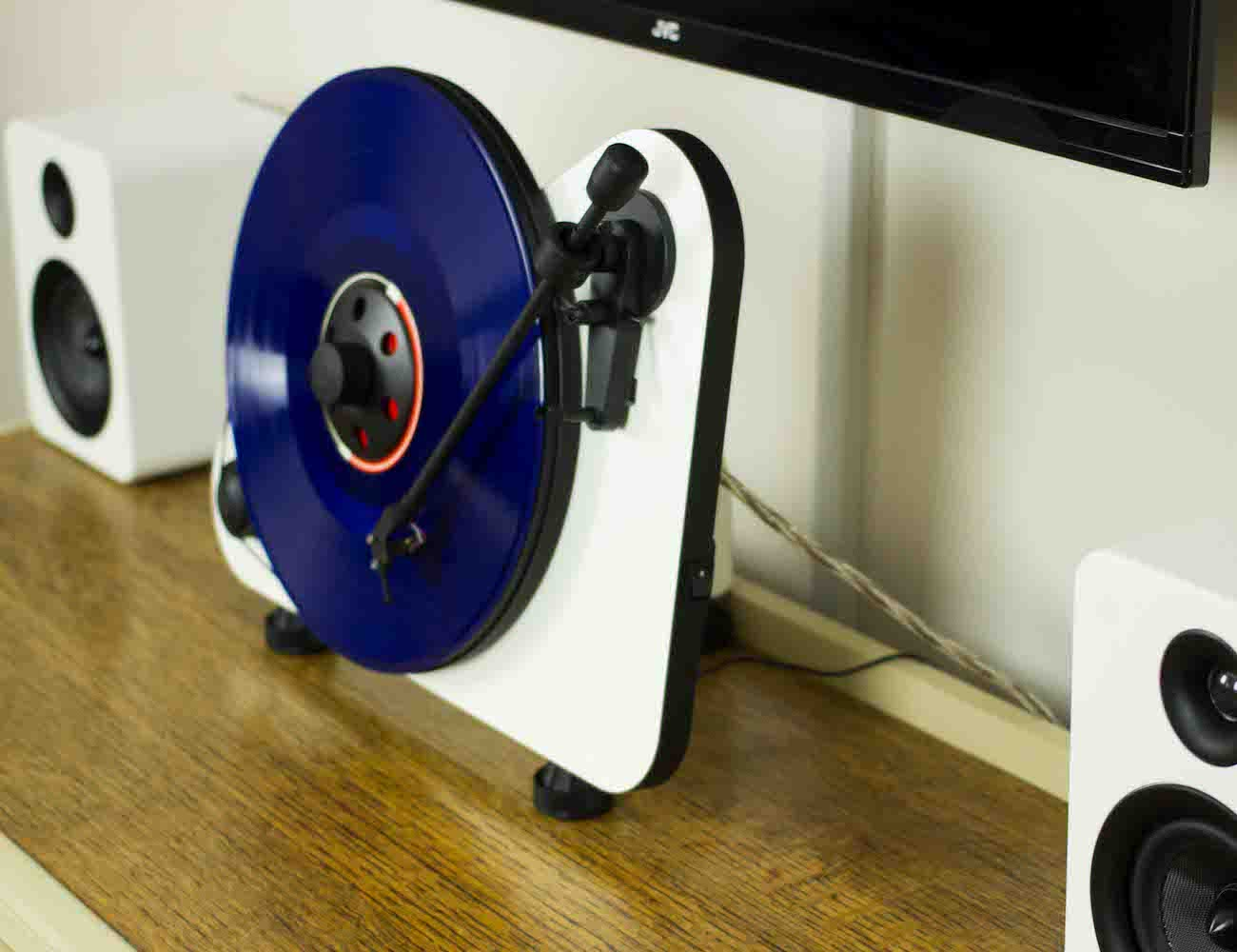 Pro-Ject VT-E Wireless Turntable