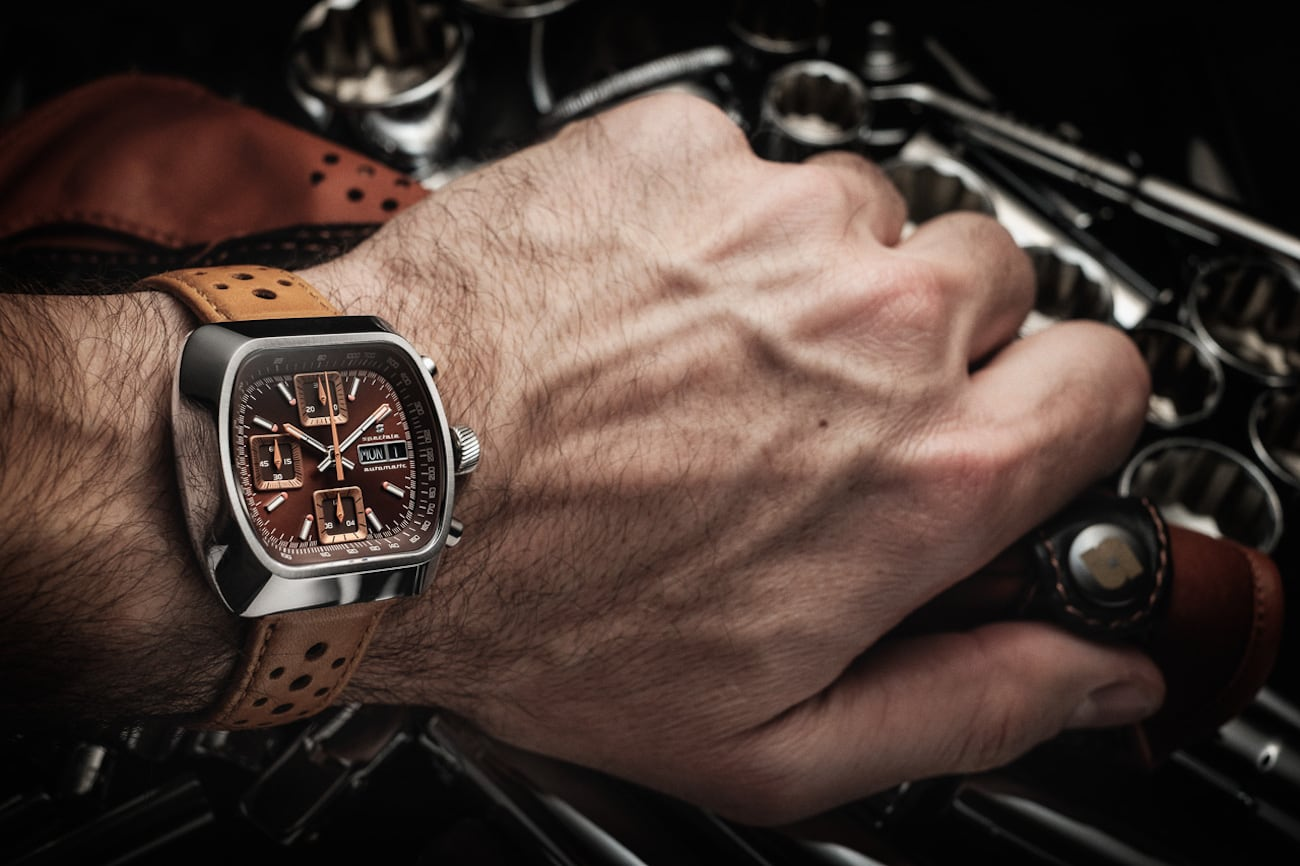 Straton Speciale 70s-Inspired Retro Watch