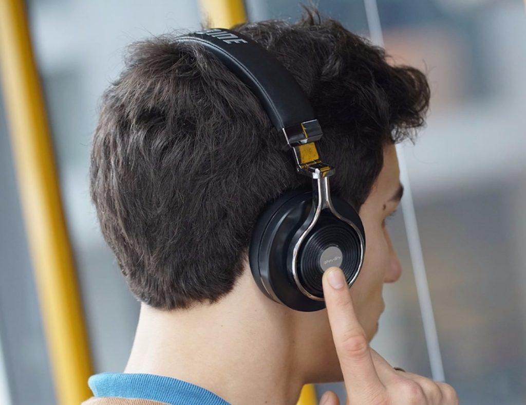 3D+Stereo+Wireless+Headphone