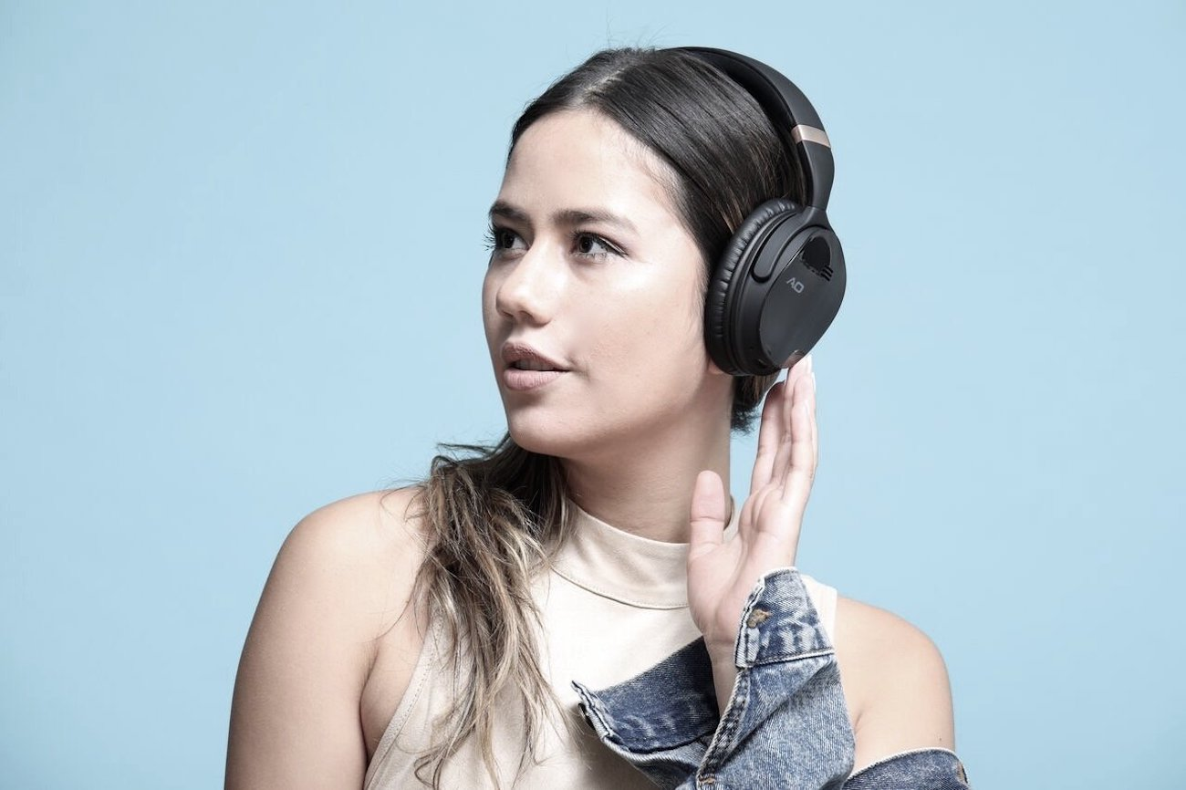 AO Noise Cancelling Wireless Bluetooth Headphones