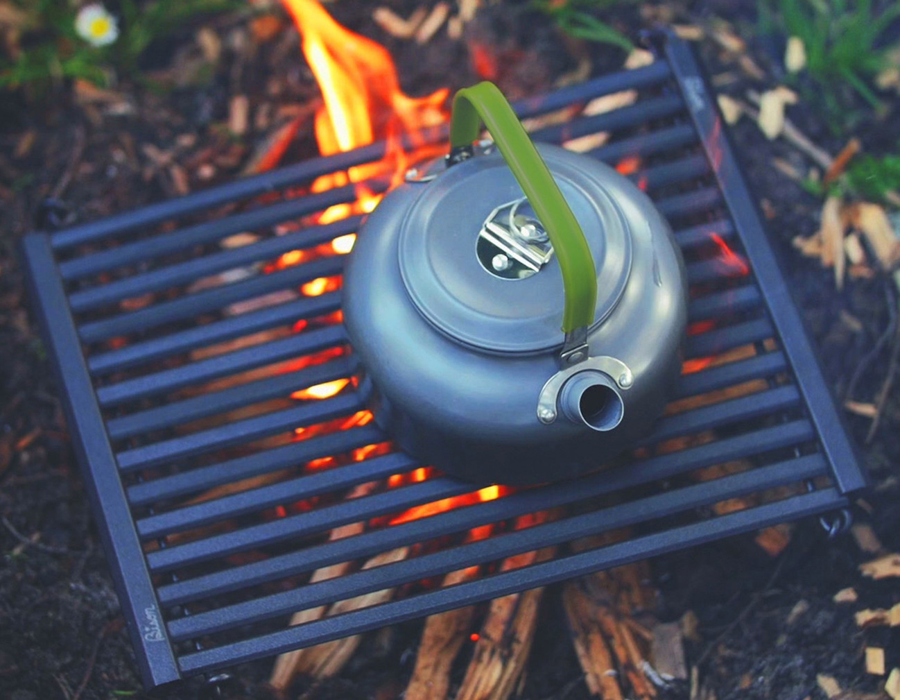 BISON Portable Rolling BBQ Grill