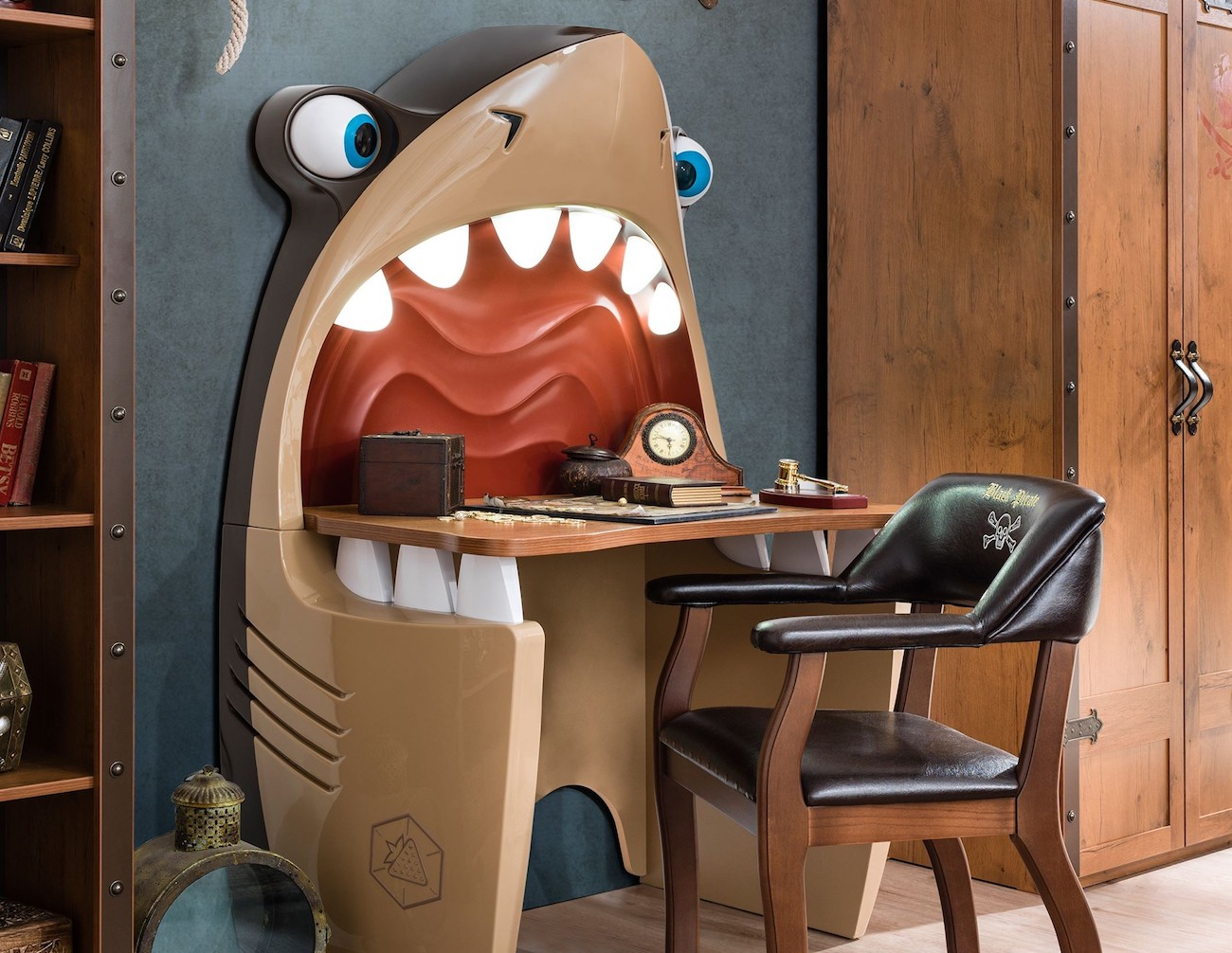 Cilek Shark Study Desk