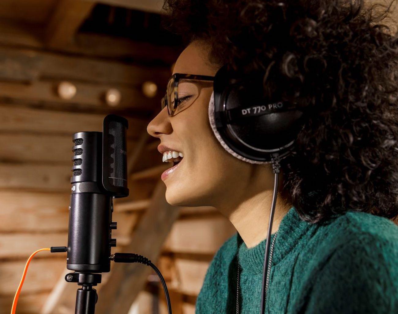 FOX Professional USB Studio Microphone