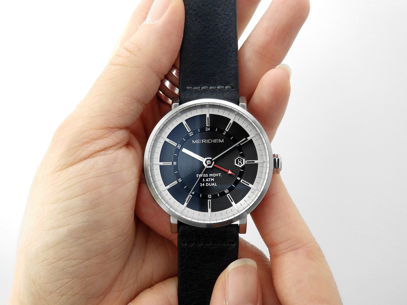 MERIDIEM GMT01 Dual Time Watch Collection