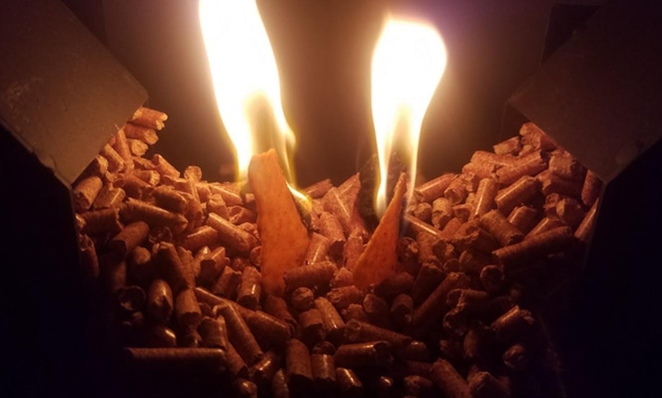 Q-Flame Portable Wood Pellet Heater