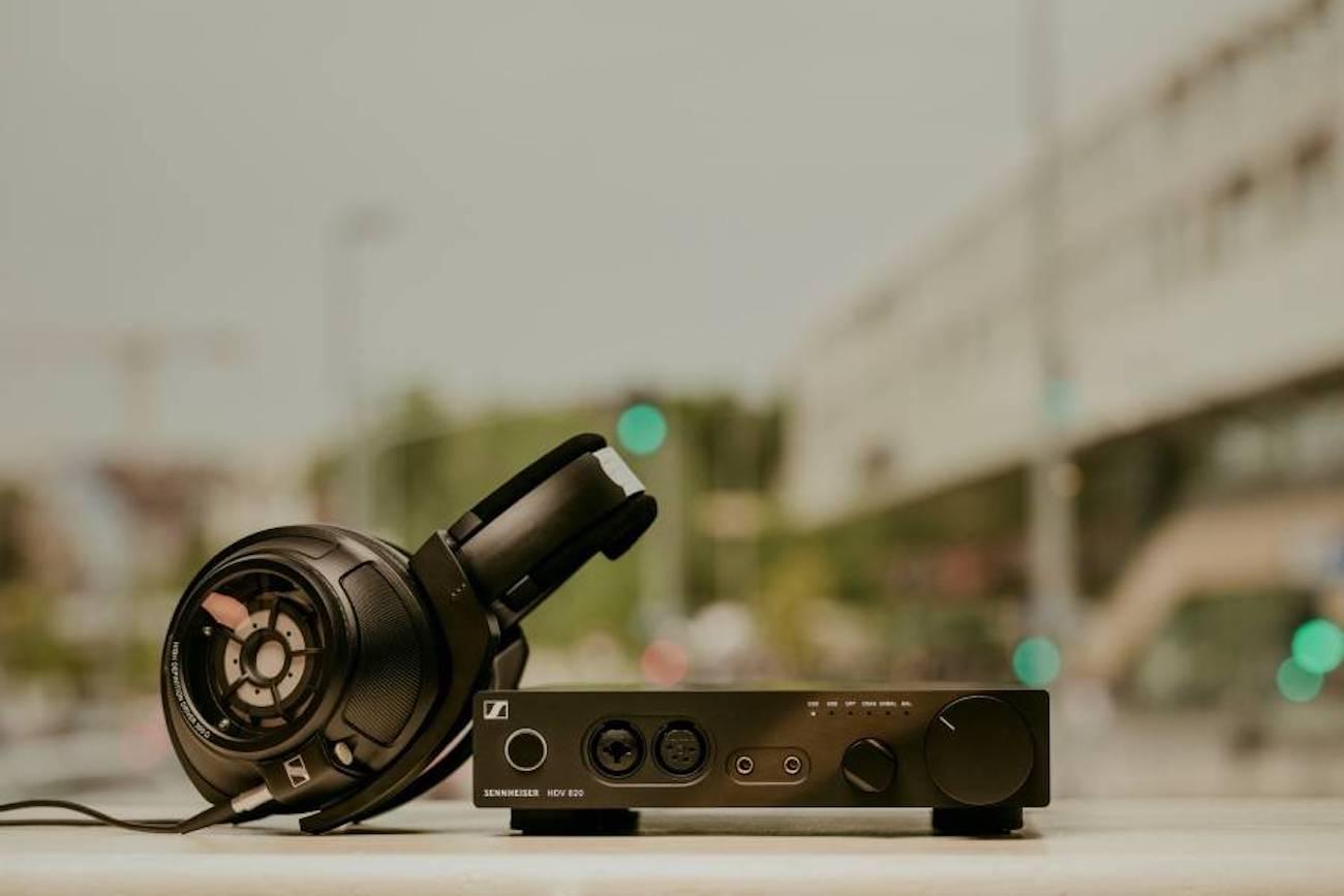 Sennheiser HD 820 Closed-Back Headphones